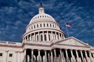 Сенат США одобрил выделение Украине 250 миллионов долларов на оборону