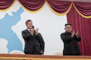 КНДР и Южная Корея договорились разморозить переговоры о денуклеаризации