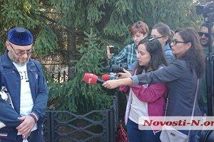 Из СИЗО в Николаеве вышел чеченец, выдачи которого хотела Россия