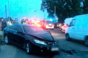 Под Полтавой столкнулись Lexus и ВАЗ: есть пострадавшие