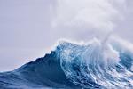 Загадка природы. Гигантские волны-одиночки возникают непредсказуемо в самых разных районах Мирового океана, и спрогнозировать их появление пока невозможно