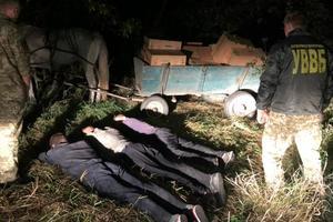 Курьезная контрабанда: в Одесской области задержали телегу с сигаретами