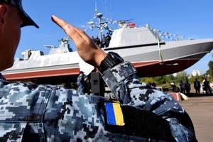 """Второй штурмовой катер """"Кентавр"""" для ВМС спустили на воду: опубликованы яркие фото"""