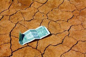 Торговая война США и Китая ударила по доллару