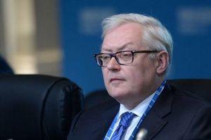 """""""Играть с огнем глупо"""": Россия угрожает Америке из-за санкций"""
