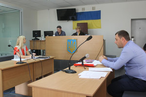 Адвокаты депутата затягивают судебный процесс с запорожским изданием