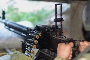 """Боевики ударили по украинским военным из гранатометов, БМП и """"зенитки"""""""