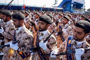Расстрел парада в Иране: количество жертв превысило 20 человек