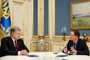 Порошенко о санкциях: РФ платит высокую экономическую цену за свою агрессию