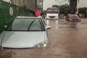 Масштабные наводнения в Мексике: больше 170 тысяч человек пострадали