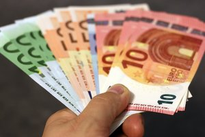 Жизнь в Евросоюзе будет дорожать - ЕЦБ