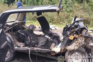 Жуткое столкновение легковушек в Тернопольской области: три человека погибли
