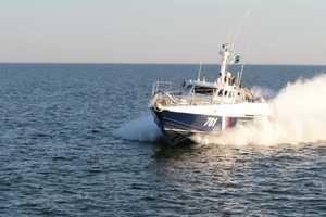 Как украинские катера отгоняли российских пограничников в Азовском море: опубликовано видео