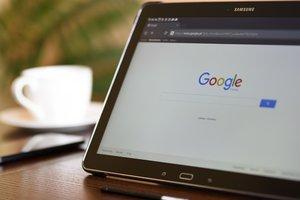 Google разрешит рекламировать услуги обмена криптовалют