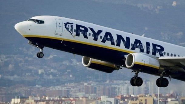 Бортпроводники Ryanair объявили озабастовке. компания отменяет 190 рейсов в 6-ти государствах