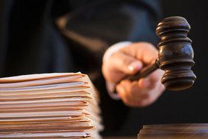 Покушение на Михайлика: суд избрал меру пресечения двоим подозреваемым