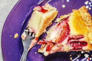 Как приготовить сливовый пирог с заварным кремом