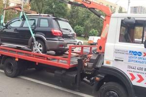 Новые правила парковки: за день в Киеве эвакуаторы увезли более 20 автомобилей