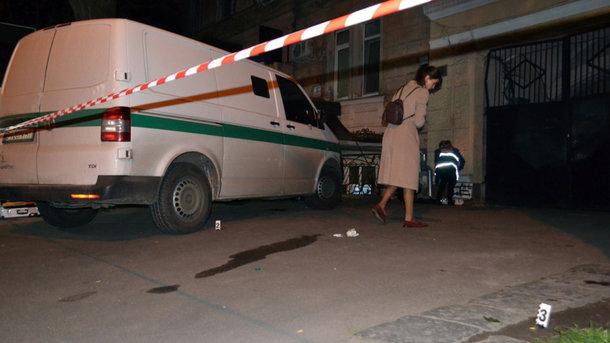 Бандиты ограбили инкассаторов вцентре Одессы, похитив сострельбой миллионы гривен
