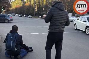 На дорогах в Киеве за утро сбили двух пешеходов
