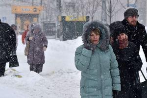 Снежный Новый год и перепады температур: народный синоптик дал прогноз на осень и зиму