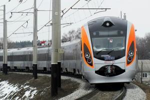 """""""Укрзализныця"""" готовится к зиме: проверяют отопление в вагонах и на вокзалах"""