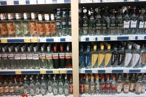 Завтра в Украине подорожает алкоголь: что ждет украинцев