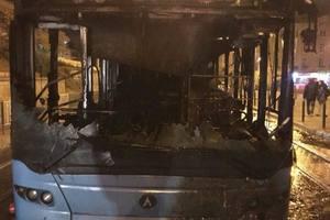 В центре Львова загорелся пассажирский автобус