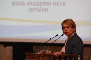 Зарплаты учителям Киева не уменьшат – Гриневич