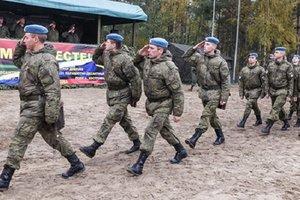 Российские войска массово высадятся возле польской границы