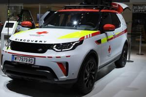 Land Rover представил версию внедорожника Discovery для спасателей