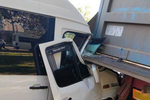 Жуткое столкновение маршрутки и грузовика в Николаеве: пострадали восемь человек