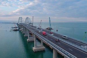 """""""Летающий мостик"""": появились новые фото и видео аварии на Крымском мосту"""
