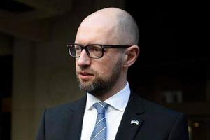 Яценюк встретится с Меркель: стало известно, что будут обсуждать