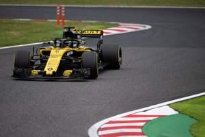 """Пилот """"Рено"""" попал в аварию во время свободного заезда перед Гран-при Формулы-1 в Японии"""
