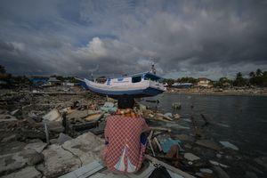 Землетрясение в Индонезии: около 1800 погибших, пять тысяч человек пропали без вести