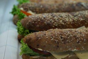 Смертельные сэндвичи: в Британии умерли два человека из-за аллергии на их ингредиенты