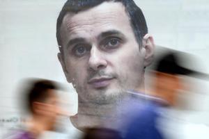 60 тысяч россиян просят Путина освободить Сенцова