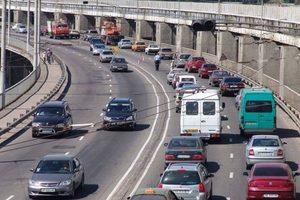 Мэр Запорожья остановил ремонт дороги на плотине