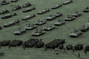 Украина готова отразить нападение с востока, севера, Крыма и с Приднестровья – Порошенко