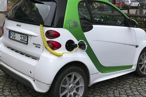 В США хотят отменить льготы на покупку электромобилей: как это повлияет на украинцев