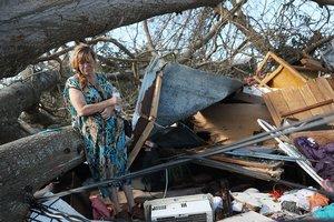 Жертвами смертоносного урагана в США стали шесть человек