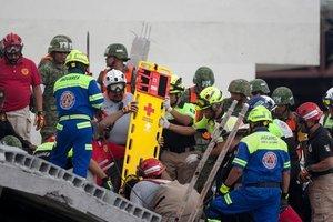 Обрушение здания на севере Мексики: число жертв возросло