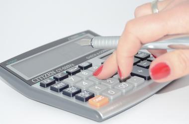 """""""Охота"""" на налоги: бюджет получил от бизнеса миллиард гривен"""