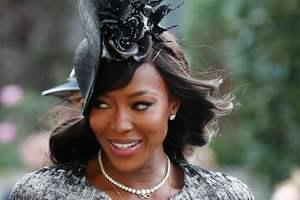 Роскошная Наоми Кэмпбелл прибыла на королевскую свадьбу в платье Ralph & Russo