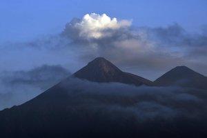 В Гватемале проснулся вулкан-убийца