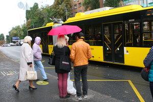 Из-за ярмарок на Оболони и Троещине изменятся маршруты транспорта (схемы движения)