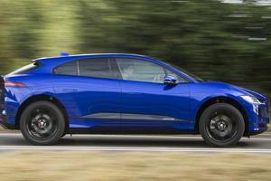 Jaguar планирует полностью отказаться от бензиновых и дизельных моторов