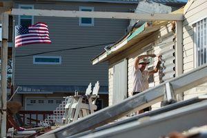 """Число жертв урагана """"Майкл"""" в США увеличилось, среди погибших - ребенок"""