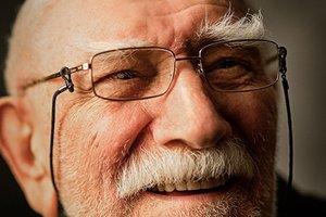 83-летний Армен Джигарханян экстренно госпитализирован в Москве